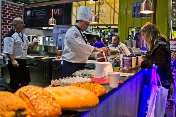 food-service-espacio-riesco-075